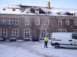 Stadtverwaltung von Aubigny im Winter