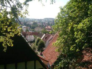 Blick vom Apothekerweg auf Lange Straße und Poststraße. (Bild: Ulrich Klose)