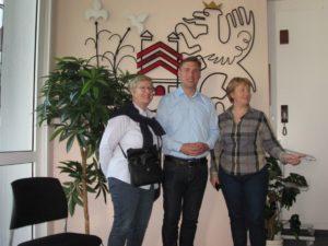 Vlothos Bürgermeister Rocco Wilken mit Aubignys Bürgermeisterin Laurence Renier (r.) und der Albinienser Beigeordneten Bürgermeisterin Martine Mallet