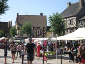 Markttag in Aubigny