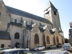 Kirche St. Martin in Aubigny (Bild: Ulrich Klose)