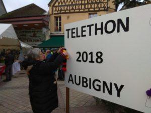 Pompons zugunsten des Téléthon kaufen