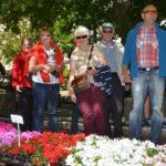 25 Jahre Städtepartnerschaft Vlotho – Aubigny: auf dem Kirchplatz St. Stephan